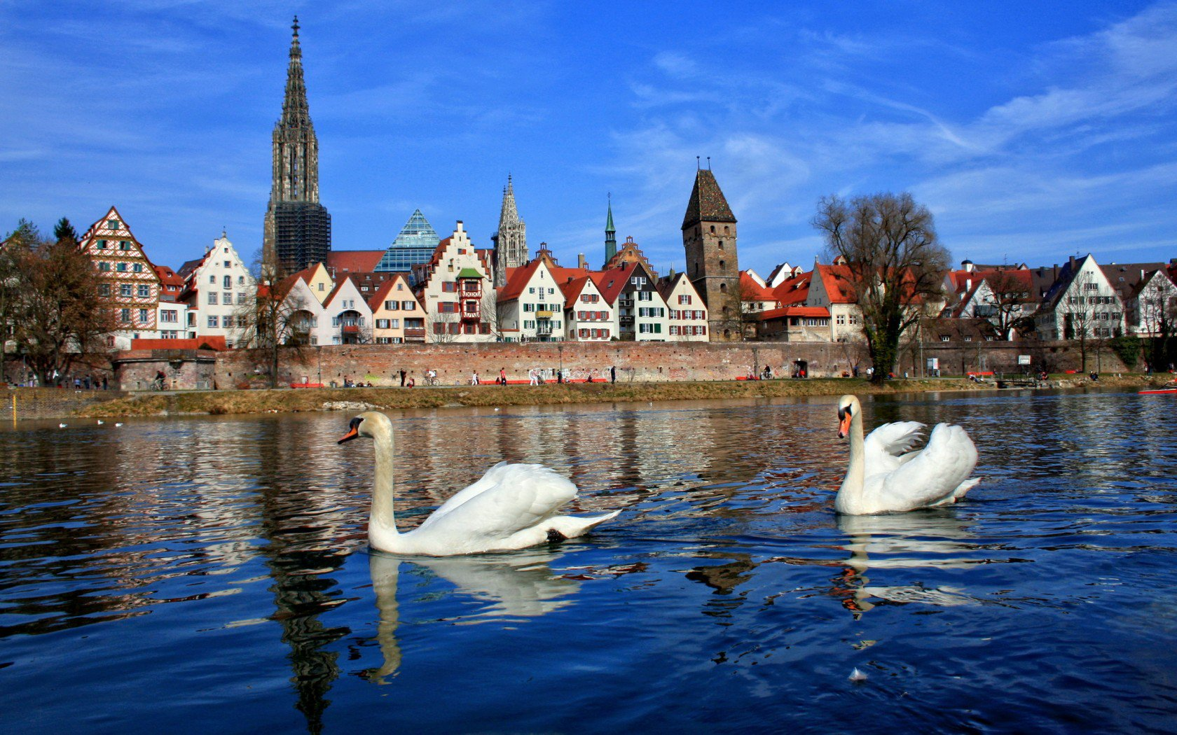 Экскурсионный тур в по  Германии на майские праздники от 420 евро